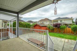 Photo 4: 6527 124TH STREET Street in Surrey: West Newton House for sale : MLS®# R2461007