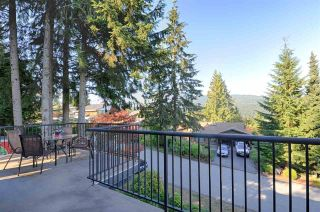 Photo 7: 558 YALE Road in Port Moody: College Park PM House for sale : MLS®# R2587942