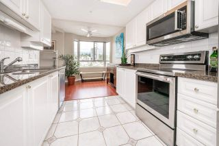 """Photo 18: 905 1185 QUAYSIDE Drive in New Westminster: Quay Condo for sale in """"Riveria"""" : MLS®# R2591209"""