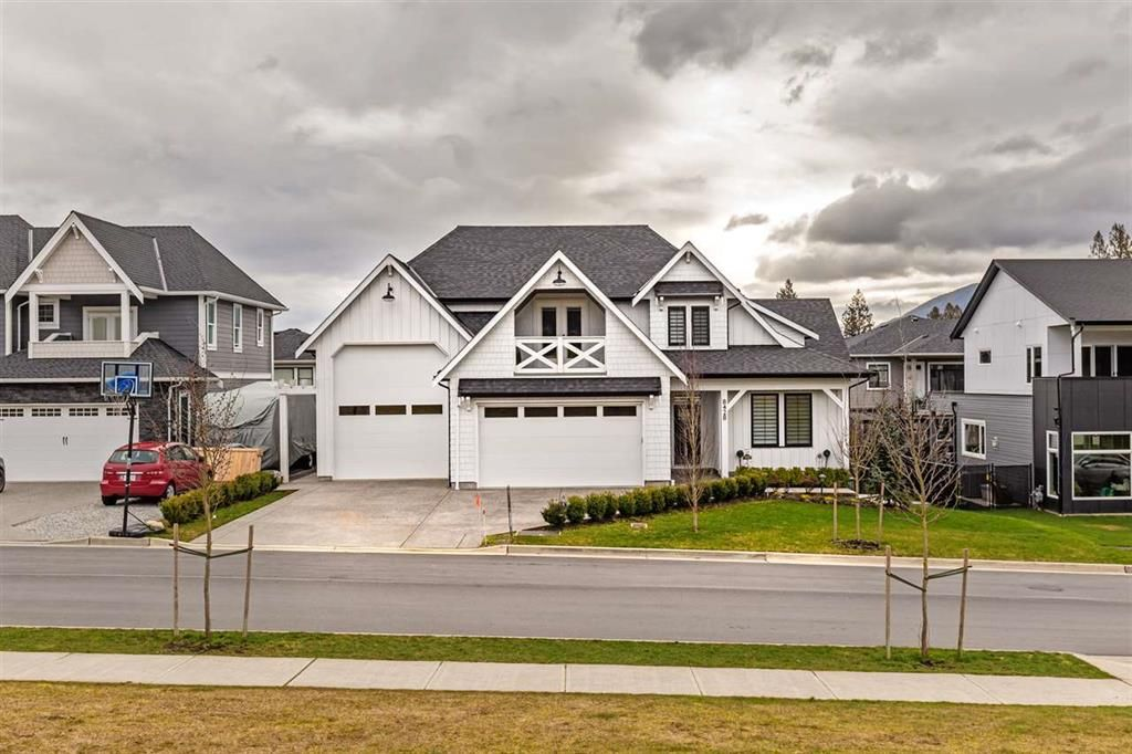 Main Photo: 8428 Jack Crescent in Mission: Hatzic House for sale : MLS®# R2542075