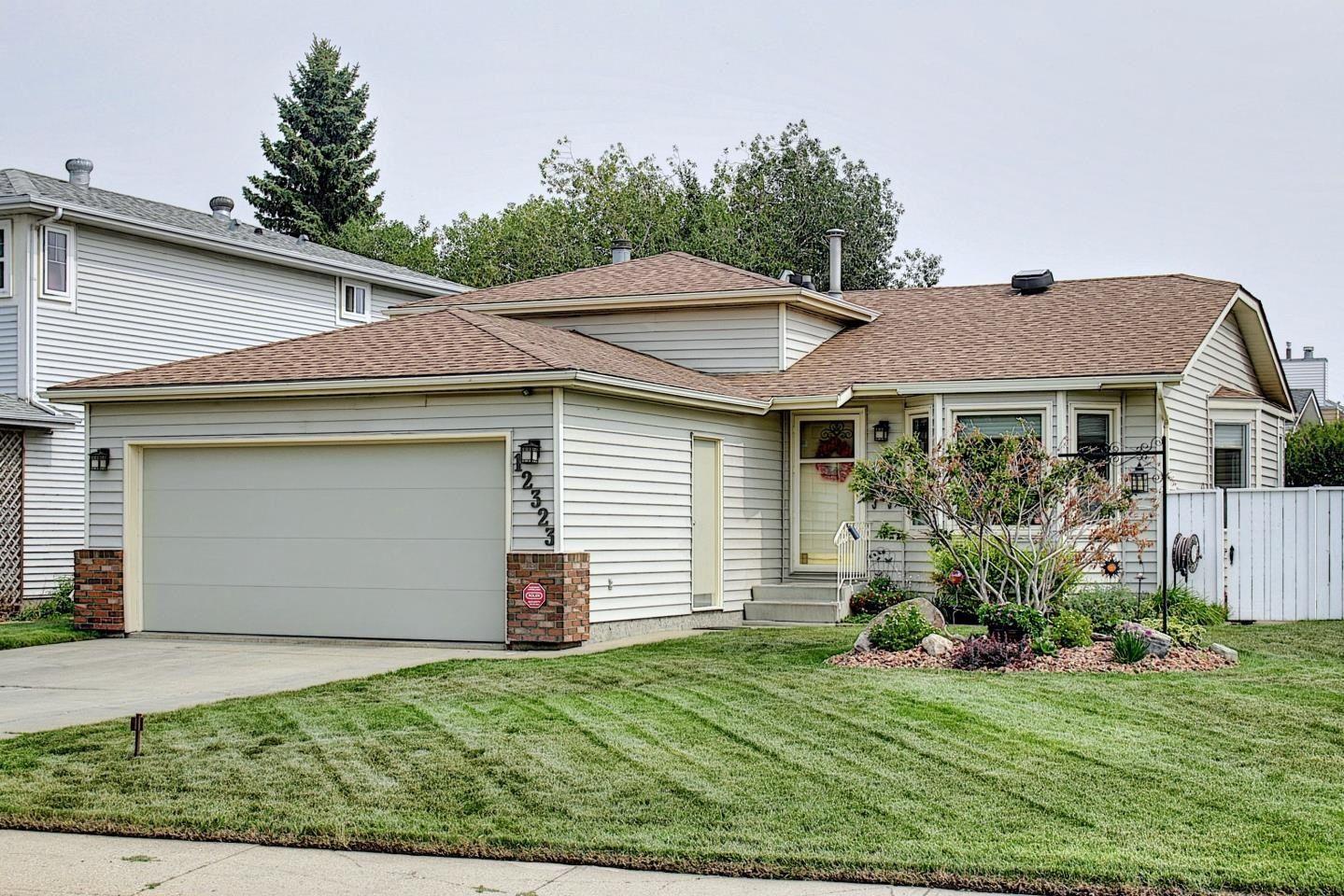 Main Photo: 12323 43 Street in Edmonton: Zone 23 House for sale : MLS®# E4258897