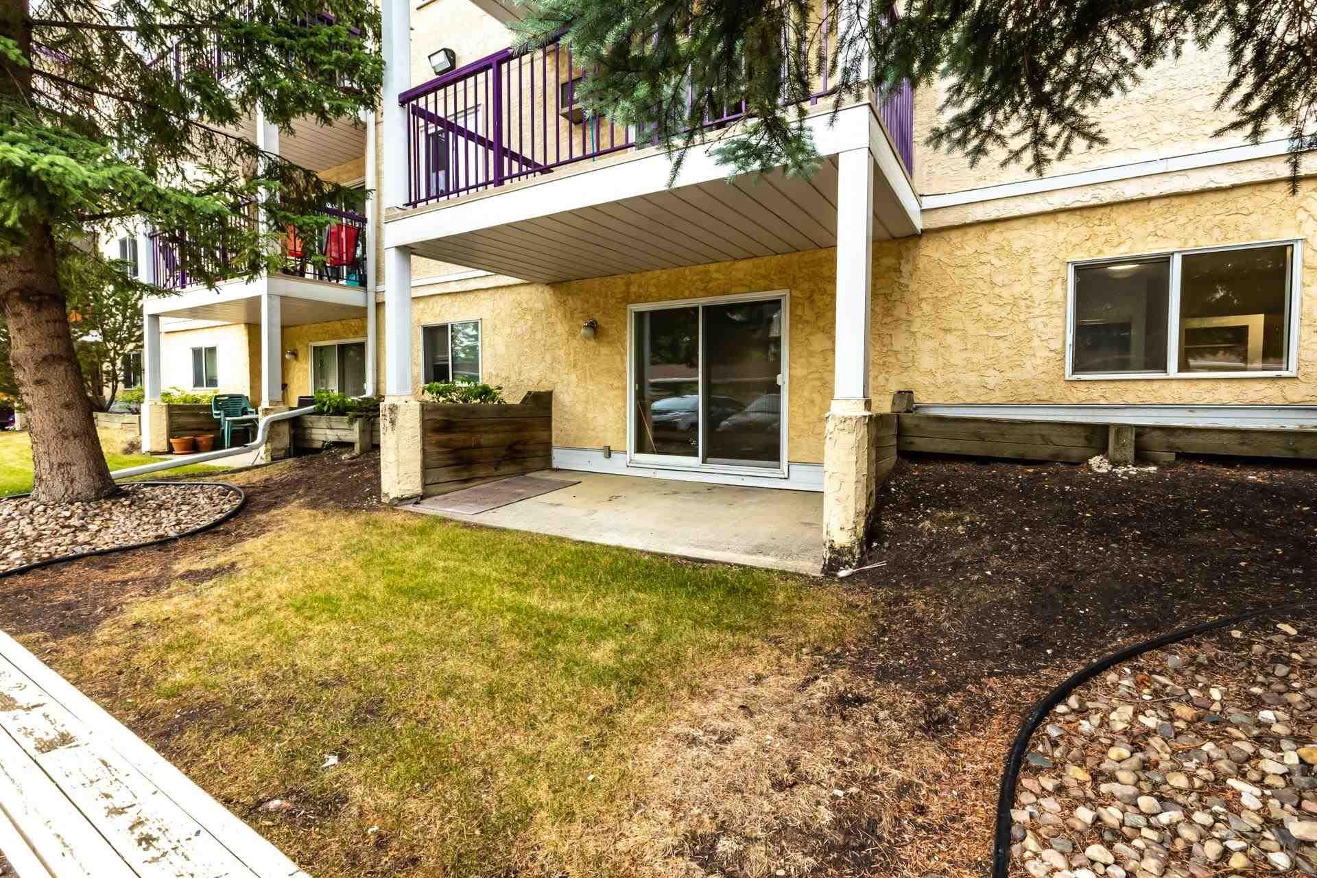 Main Photo:  in Edmonton: Zone 08 Condo for sale : MLS®# E4255270