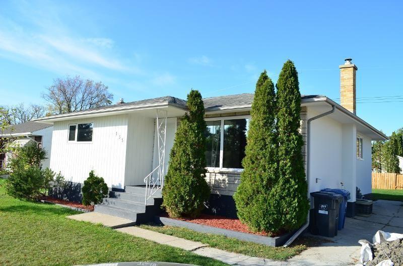 Main Photo: 155 Howden Road in Winnipeg: Windsor Park Residential for sale (2G)  : MLS®# 202124502