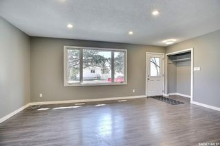 Photo 12: 5910 5th Avenue in Regina: Mount Royal RG Residential for sale : MLS®# SK841555