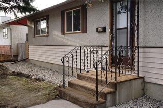 Photo 2: 4620 FORDHAM Crescent SE in Calgary: Forest Heights House for sale : MLS®# C4179618