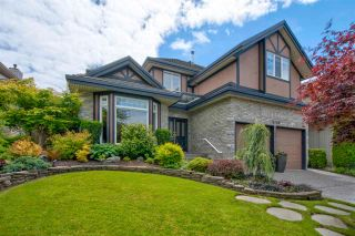 """Photo 1: 14730 31 Avenue in Surrey: Elgin Chantrell House for sale in """"HERITAGE TRAILS"""" (South Surrey White Rock)  : MLS®# R2589327"""