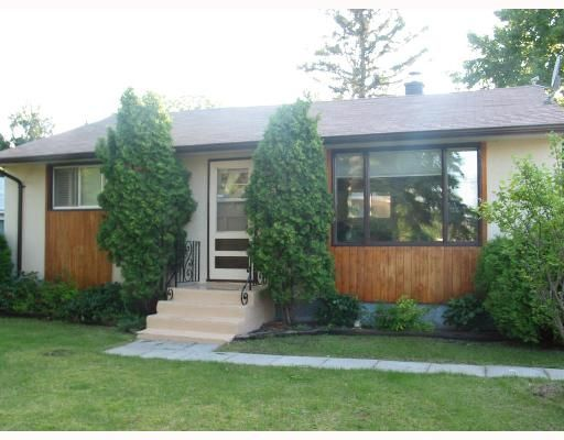 Main Photo: 328 LAXDAL Road in WINNIPEG: Charleswood Single Family Detached for sale (South Winnipeg)  : MLS®# 2712443