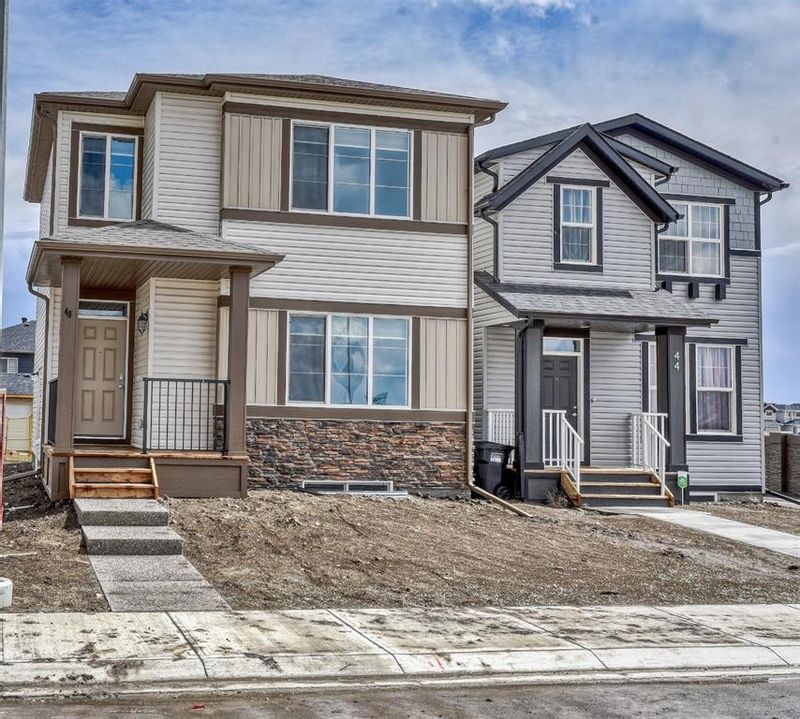 FEATURED LISTING: 40 Cornergate Place Northeast Calgary
