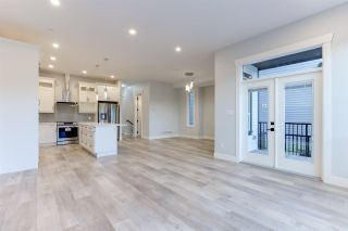 """Photo 11: 4494 STEPHEN LEACOCK Drive in Abbotsford: Abbotsford East House for sale in """"Auguston"""" : MLS®# R2590082"""
