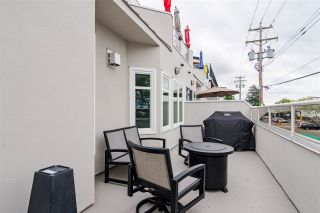 """Photo 28: 11 15563 MARINE Drive: White Rock Condo for sale in """"Oceanview Terrace"""" (South Surrey White Rock)  : MLS®# R2513794"""