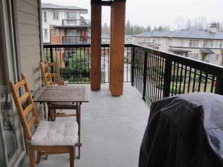 "Photo 10: 310 1150 KENSAL Place in Coquitlam: New Horizons Condo for sale in ""Thomas House"" : MLS®# R2024529"