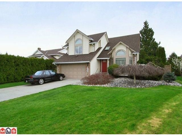 """Main Photo: 9280 154A Street in Surrey: Fleetwood Tynehead House for sale in """"BERKSHIRE PARK"""" : MLS®# F1007841"""