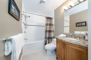 "Photo 14: PH5 15357 ROPER Avenue: White Rock Condo for sale in ""REGENCY COURT"" (South Surrey White Rock)  : MLS®# R2547054"