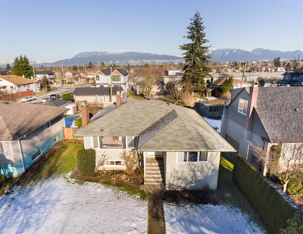 Main Photo: 2685 W KING EDWARD Avenue in Vancouver: Arbutus House for sale (Vancouver West)  : MLS®# R2133138
