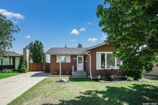 Photo 1: 114 Blake Place in Saskatoon: Meadowgreen Residential for sale : MLS®# SK862530