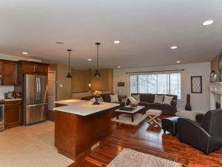 Photo 12: 2924 SUFFIELD ROAD in COURTENAY: CV Courtenay East House for sale (Comox Valley)  : MLS®# 750320