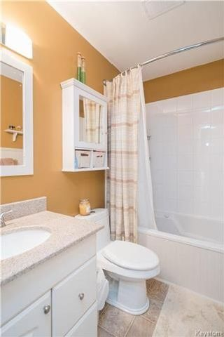 Photo 10: 337 Larche Crescent in Winnipeg: East Transcona Residential for sale (3M)  : MLS®# 1721126