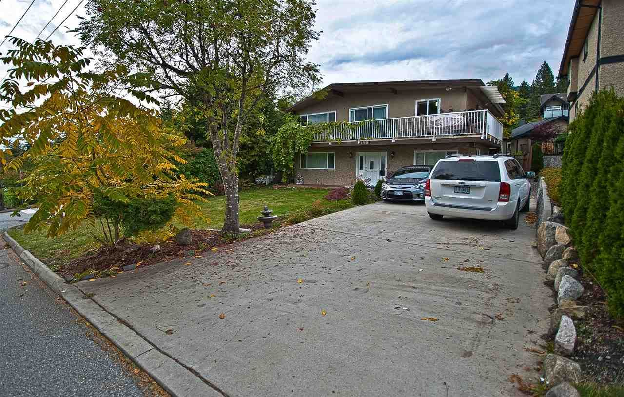 Main Photo: 198 W WINDSOR Road in North Vancouver: Upper Lonsdale House for sale : MLS®# R2531164