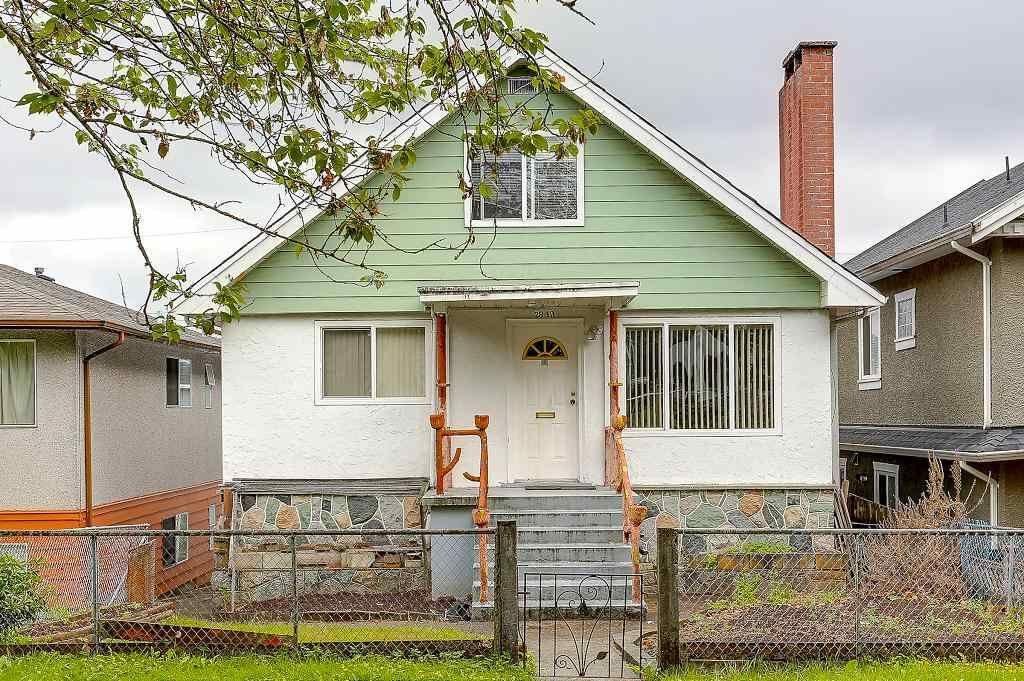 "Main Photo: 2843 E 20TH Avenue in Vancouver: Renfrew Heights House for sale in ""RENFREW HEIGHTS"" (Vancouver East)  : MLS®# R2185211"