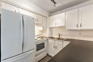 Photo 9: 56 Somervale Park SW in Calgary: Somerset Row/Townhouse for sale : MLS®# A1140021