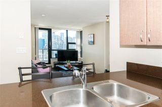 """Photo 6: 1610 977 MAINLAND Street in Vancouver: Yaletown Condo for sale in """"Yaletown Park 3"""" (Vancouver West)  : MLS®# R2579634"""