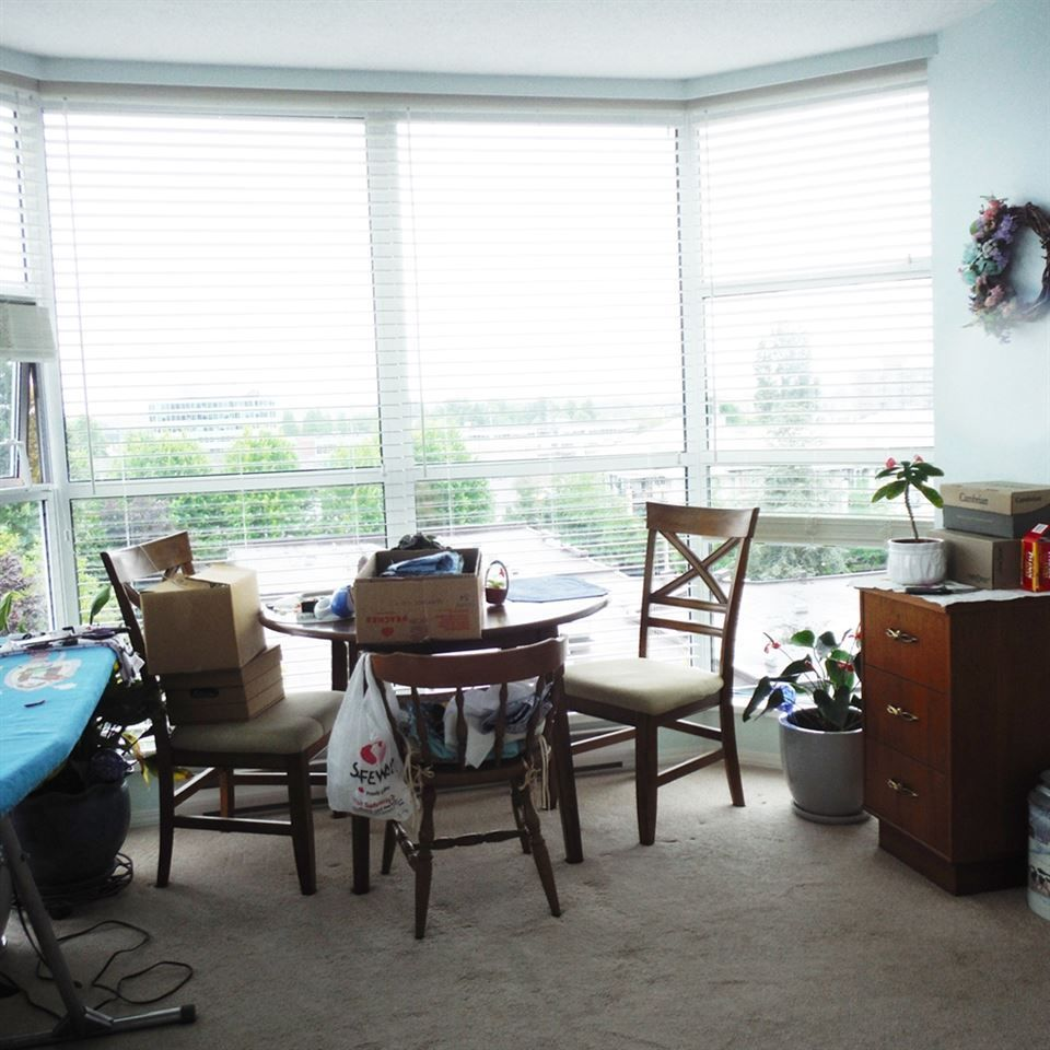 """Photo 5: Photos: 806 12148 224 Street in Maple Ridge: East Central Condo for sale in """"PANORAMA"""" : MLS®# R2285555"""