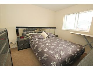 """Photo 8: 6017 189TH Street in Surrey: Cloverdale BC House for sale in """"CLOVERHILL"""" (Cloverdale)  : MLS®# F1423444"""