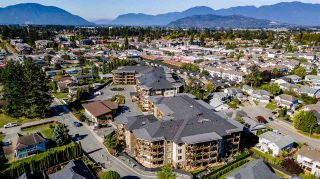 "Photo 7: 208 45746 KEITH WILSON Road in Chilliwack: Sardis East Vedder Rd Condo for sale in ""Englewood Courtyard Platinum 2"" (Sardis)  : MLS®# R2542236"