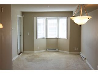 """Photo 7: 309 19730 56 Avenue in Langley: Langley City Condo for sale in """"Madison Place"""" : MLS®# R2139542"""
