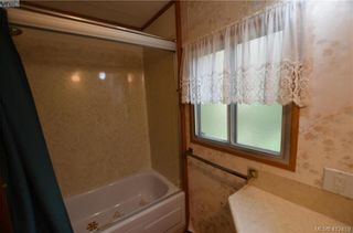 Photo 3: 140 2500 Florence Lake Rd in VICTORIA: La Florence Lake Manufactured Home for sale (Langford)  : MLS®# 817798