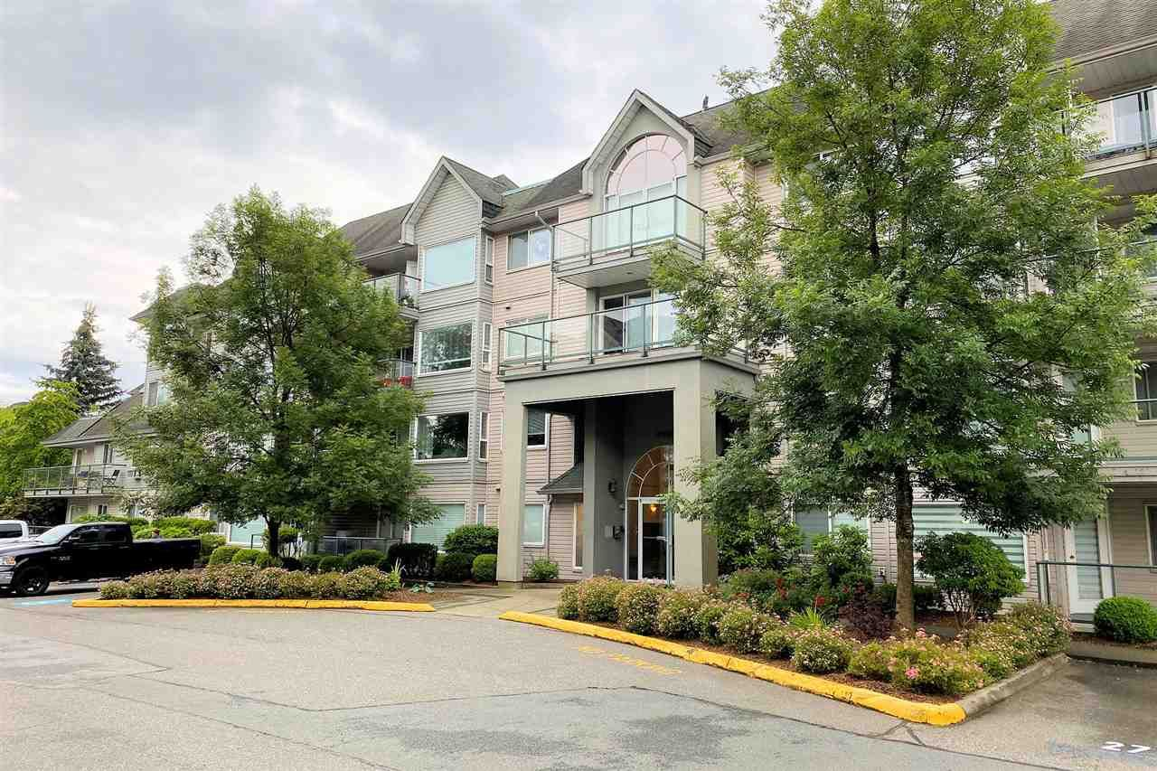 """Main Photo: 308 33668 KING Road in Abbotsford: Poplar Condo for sale in """"College Park"""" : MLS®# R2468429"""