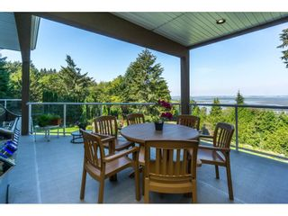 Photo 35: 12929 CRESCENT ROAD in Surrey: Crescent Bch Ocean Pk. House for sale (South Surrey White Rock)  : MLS®# R2456351