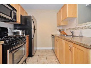 Photo 2: 29 638 W 6TH Avenue in Vancouver: Fairview VW Townhouse for sale (Vancouver West)  : MLS®# V1039662