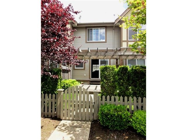 """Photo 15: Photos: # 2 6588 188TH ST in Surrey: Cloverdale BC Townhouse for sale in """"Hillcrest Place"""" (Cloverdale)  : MLS®# F1321944"""