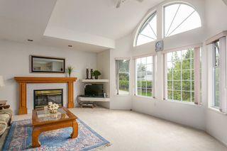 Photo 2: 902 HERRMANN Street in Coquitlam: Meadow Brook House for sale : MLS®# R2078313