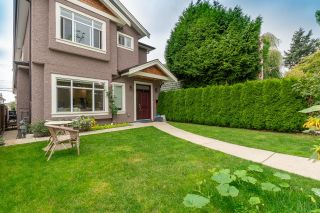Photo 2: 772 W 68TH Avenue in Vancouver: Marpole 1/2 Duplex for sale (Vancouver West)  : MLS®# R2613293