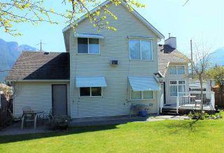 Photo 8: 21013 GREENWOOD Drive in Hope: Hope Kawkawa Lake House for sale : MLS®# R2569755