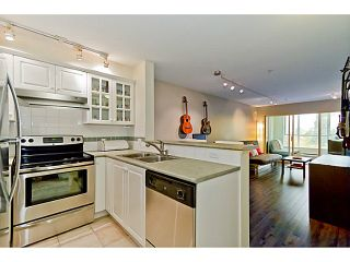 """Photo 2: # 305 155 E 3RD ST in North Vancouver: Lower Lonsdale Condo for sale in """"THE SOLANO"""" : MLS®# V1024934"""