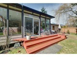 """Photo 12: 41550 GOVERNMENT Road in Squamish: Brackendale House for sale in """"BRACKENDALE"""" : MLS®# V1051640"""