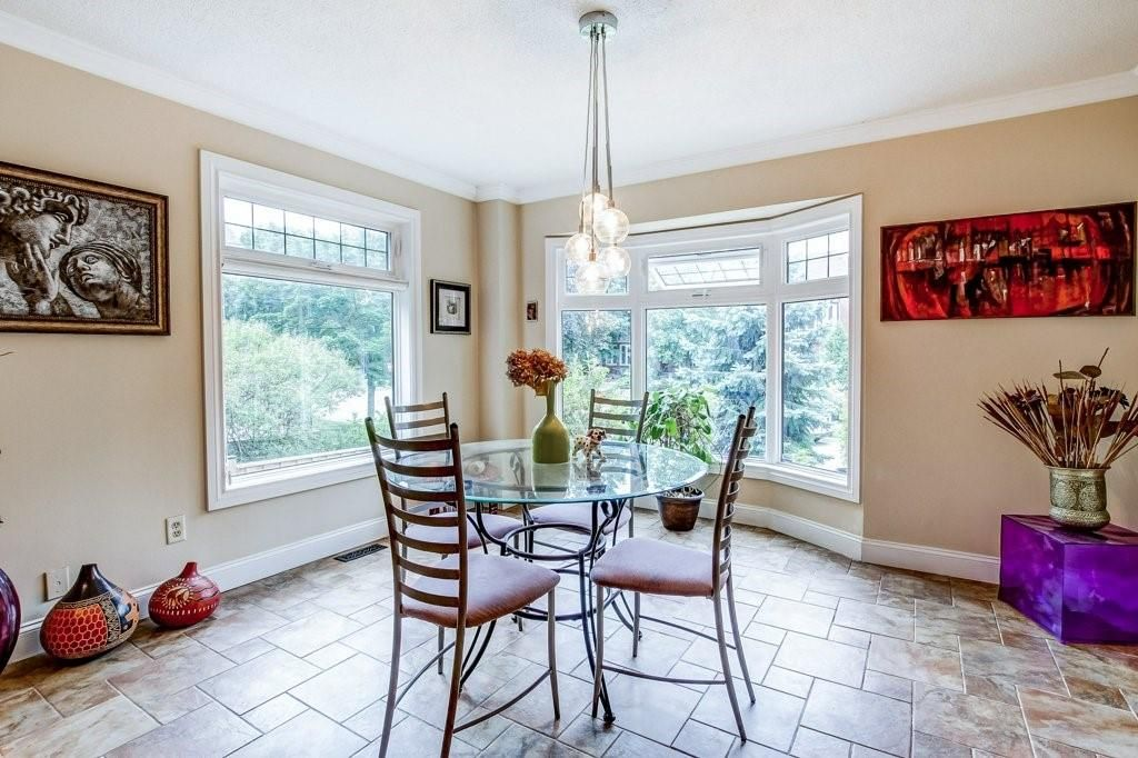 Photo 6: Photos: 23 HARBOUR Drive in Stoney Creek: Residential for sale : MLS®# H4086318