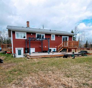 """Photo 4: 5685 BENDIXON Road in Prince George: Pineview House for sale in """"PINEVIEW"""" (PG Rural South (Zone 78))  : MLS®# R2574911"""
