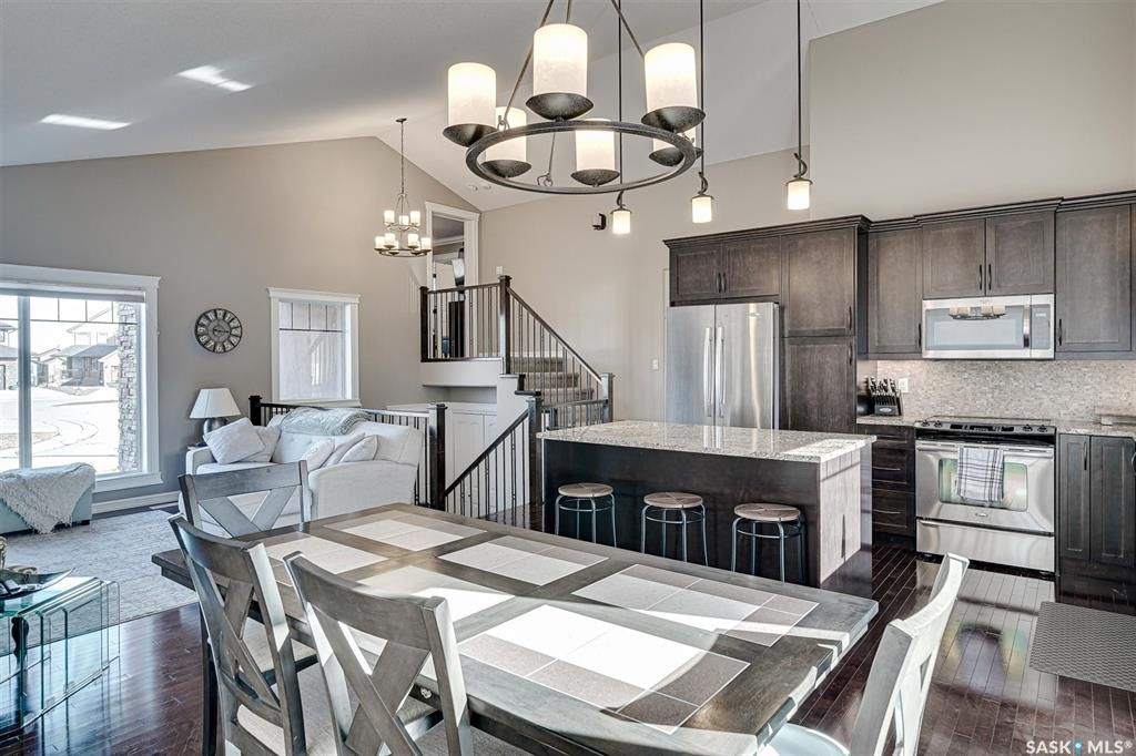 Photo 13: Photos: 602 Bennion Crescent in Saskatoon: Willowgrove Residential for sale : MLS®# SK849166