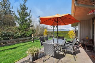 Photo 9:  in ParksField: Home for sale : MLS®# R2044624