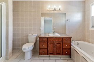 Photo 13: 602 SIERRA MADRE Court SW in Calgary: Signal Hill Detached for sale : MLS®# C4226468