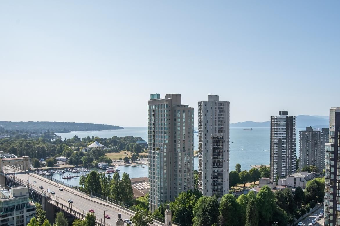 """Main Photo: 1906 889 PACIFIC Street in Vancouver: Downtown VW Condo for sale in """"THE PACIFIC"""" (Vancouver West)  : MLS®# R2621252"""