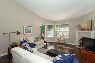 """Photo 4: 4 6537 138 Street in Surrey: East Newton Townhouse for sale in """"Charleston Green"""" : MLS®# R2303833"""