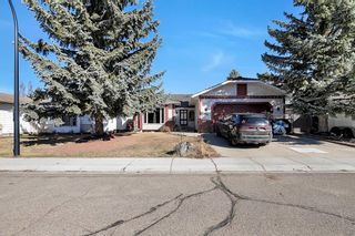 Photo 2: 46 Diamond Street Close: Red Deer Detached for sale : MLS®# A1093218