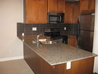 """Photo 2: 114 17712 57A Avenue in Surrey: Cloverdale BC Condo for sale in """"West on the Village Walk"""" (Cloverdale)  : MLS®# R2449032"""