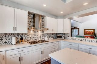 Photo 8: Twin-home for sale : 4 bedrooms : 958 Valley Ave in Solana Beach