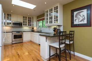 """Photo 5: 2267 PARK Crescent in Coquitlam: Chineside House for sale in """"CHINESIDE"""" : MLS®# R2172163"""